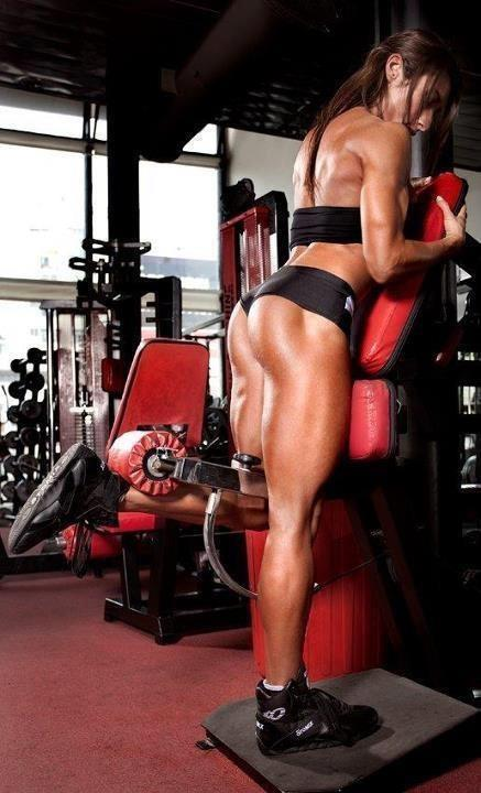 Girl Talk: Will lifting weights make a woman look too ...