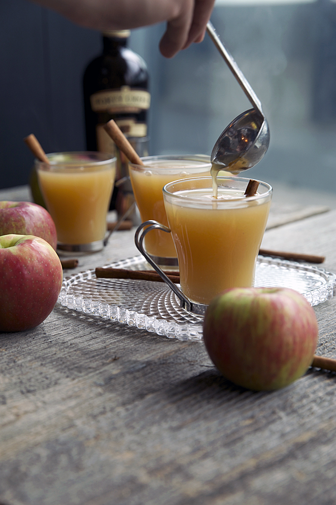 Spiked Mulled Cider - The Wanderlust Food Diaries - Watching the Snow ...