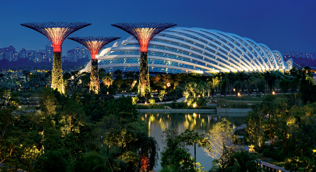 Garden Garffiti, (Part 3): Gardens by the Bay, Singapore- The GAIA ...