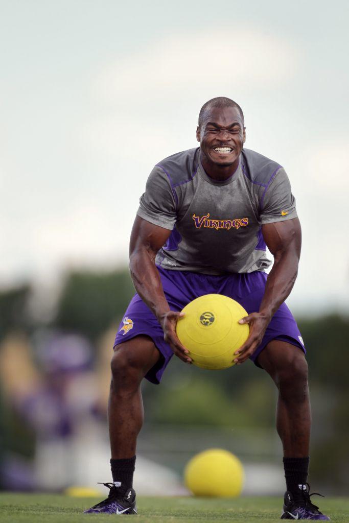 Adrian Peterson Workout Routine   WorkoutInfoGuru