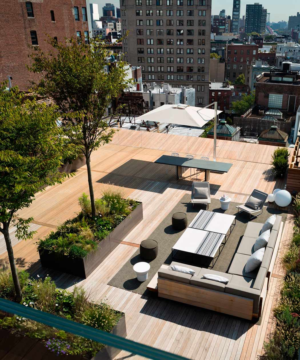 """Rooftop Garden Designs For Small Spaces: Garden Graffiti (Part 6): """"Up The Ladder To The Roof"""