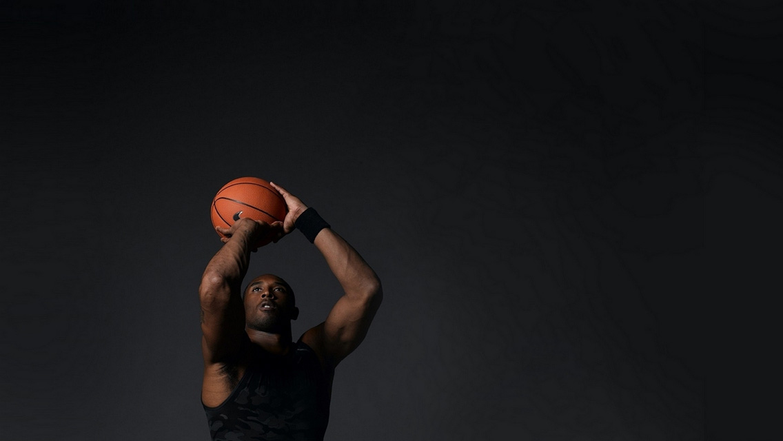 черный парень на баскетболе просто толстушки